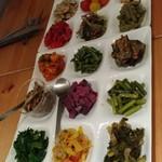 和献洋菜Hi-Bi - 野菜盛り合わせ18種「どや!」