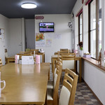 ママーズ キッチン ムラマサ - 明るく清潔感のある広めの空間