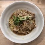 麺処 鶏谷 - 豚味噌しぐれと鶏のまぜそば 850円