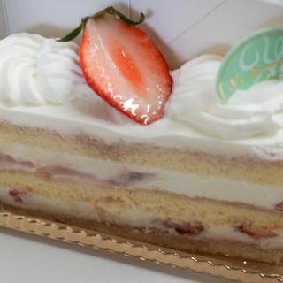 パティスリー ユウ ササゲ - 料理写真:苺ショートケーキ