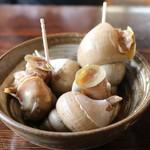まぐろや 柳橋 - ばい貝煮