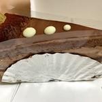 103422431 - チョコショートケーキ320円