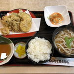 大正庵釜春 - 料理写真:天麩羅うどん定食(1674円税込)