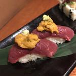 五反田 あぶみ邸 - 馬肉と雲丹の握り寿司
