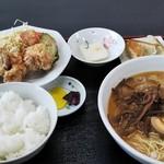 味千ラーメン - 唐揚げ定食¥850