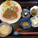 魚と酒菜 とき和 - ごはんは少なめにしてもらってます。