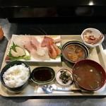 居酒屋 ほしの - 料理写真:✿刺身定食 1000円  ✿ご飯おかわり無料