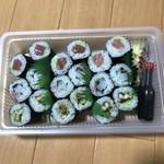 大政すし - 料理写真:鉄火巻、烏賊紫蘇巻、あなきゅう!