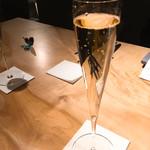103453351 - シャンパン