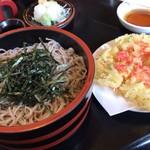 佐久の草笛 - 料理写真:ざるそば+かき揚げ