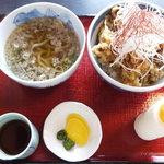 丼 お多福 - とり天丼960円