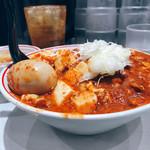 蒙古タンメン中本 - 特製樺太丼 300g 北極味玉 プチスープ