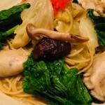 無国籍酒肴 Himeji - 3月限定「春野菜と牡蠣の柚子胡椒パスタ」