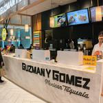 Guzman y Gomez FOOD&TIME ISETAN - 店構え