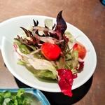 海鮮厨房 - 初めにサラダ