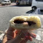東山酒饅頭店 - 生地は厚めでふわふわ
