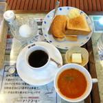 東亜コーヒーショップ - モーニングBセット、+カルピスバター、+ゆで卵