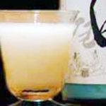 なかむらや - 生マッコリを一度飲んでみませんか?端麗辛口。880円(330ml)