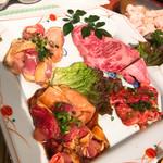 103492087 - 黒牛定食の肉