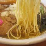 中華そば 札幌煮干センター - ゆず塩鰹そばの麺