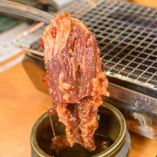 1日限定10食!名物松阪味噌漬けホルモン・ハラミに注目
