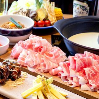 2種の出汁が選べる高品質のお肉が美味しいすきしゃぶ食べ放題!