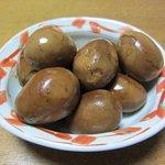 沖野商店 - 煮卵~★真っ黒!