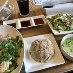レストラン ミーク - ♪チキンライスセット ¥918