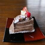 信濃屋 - 生チョコレートケーキ