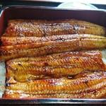 錦水 - 料理写真:鰻重上のアップ