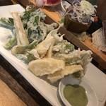 魚金 - 山菜天ぷら盛り合わせ