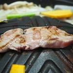 生ラム肉専門店 らむ屋 - ジンギスカンセット(ラムもも肉)