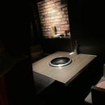 鶏焼きと餃子 チュンチュン亭 - 個室