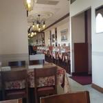 インディアン レストラン ダルバル - 店内