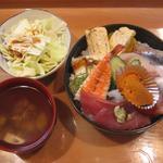 10356623 - 「超きまぐれ丼」1000円+「大盛」100円