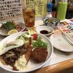 釜谷 - 料理写真:洋食おかずCなど