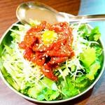 台灣食堂 - 鹿肉・パクチーユッケ