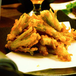 台灣食堂 - パクチーの根っこの天ぷら