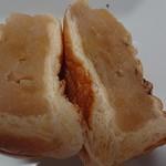 コミネベーカリーパン工房こみね - 林檎あんぱん  130円