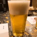 焼鳥和食 鳥屋 寿 中目黒 - 生ビール