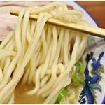 長尾中華そば  - ヤワメな太麺です。