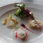 Mar Rosso - サラダと前菜3種盛り合わせ