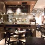 ベーカリー&レストラン 沢村 - レストランスペース
