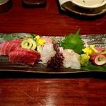 関内本店 月 - お刺身 マグロ・ヒラメ・金目鯛