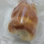 ニシカワ - 料理写真:豆パン 160円