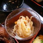 舞坂 - 小鉢は切干大根