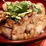 Koujigura - 豚丼アップ