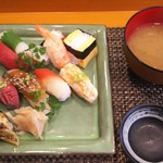 玄海鮨 - 貝汁が付きます