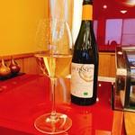 奴寿司 - 白ワイン