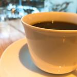 103629703 - ◆横浜ブレンドコーヒー 594円(税込み)